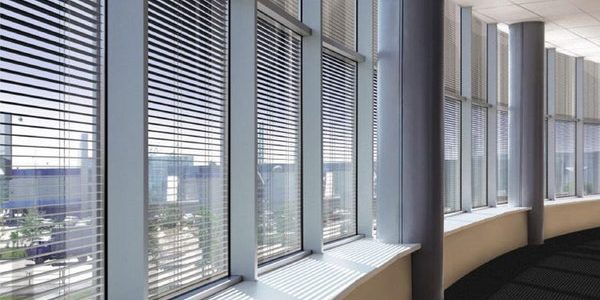 commercial-venetian-blinds-in-liverpool