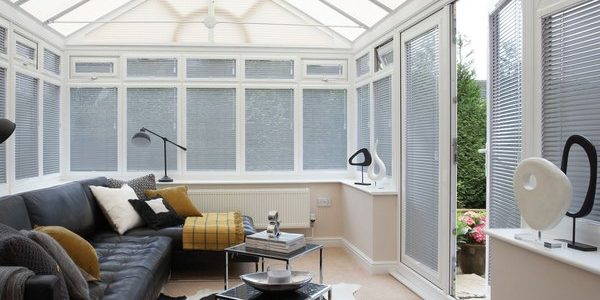 liverpool-conservatory-venetian-blinds