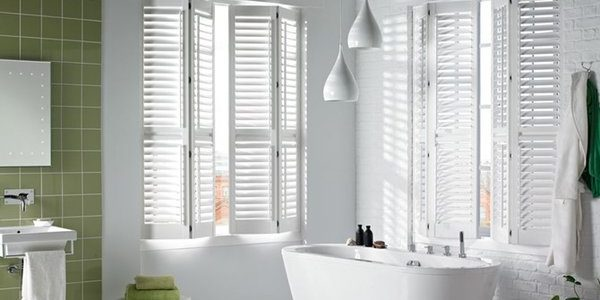 white-liverpool-white-window-shutters